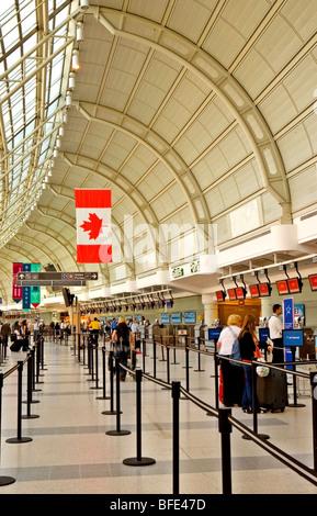 Pearson International Airport, Terminal 3, Toronto, Ontario, Kanada - Stockfoto