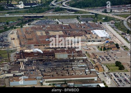 Luftaufnahme über Ford Motor Company Motor Pflanze Gießen Pflanze Brook Park Cleveland Ohio - Stockfoto