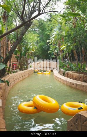 Künstlicher Bach künstlichen bach bach im palace hotel sun city südafrika