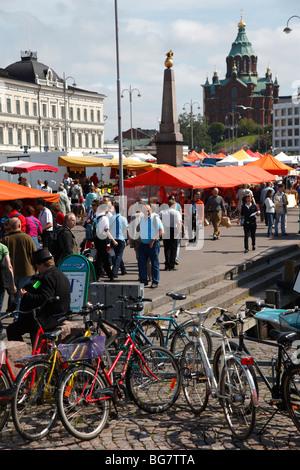 Finnland, Helsinki, Helsingfors, Kauppatori Süd Hafen Promenade, Marktplatz, Präsidentenpalast, Uspenski-Kathedrale - Stockfoto