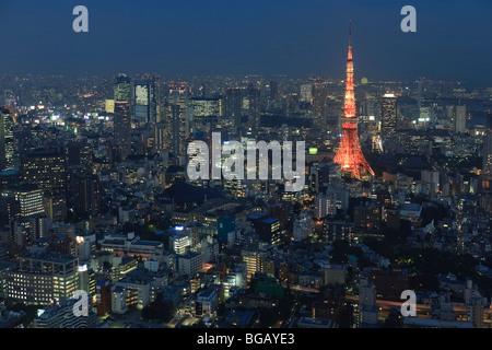 Japan, Insel Honshu, Luftaufnahme von Tokio vom Roppongi-Turm - Stockfoto