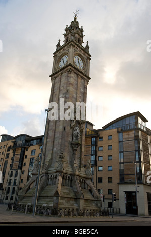 Albert Memorial Clock ist eine hohe Uhrturm am Queens Square, Belfast, Northern Ireland. - Stockfoto