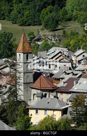 Blick über alte Stadt von Colmars-Les-Alpes, befestigte Stadt von Vauban, Alpes-de-Haute-Provence, Frankreich - Stockfoto