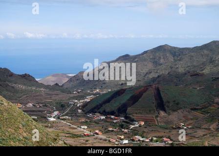 Teneriffas Landschaft auf dem Weg zum Berg Teide. Kanarische Inseln - Stockfoto