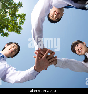 Business-Profis im huddle - Stockfoto