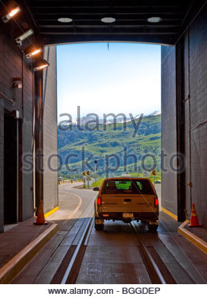 Alaska, Whittier. Anton Anderson Memorial Tunnel. - Stockfoto