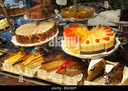 Kuchen im cafe verkaufen