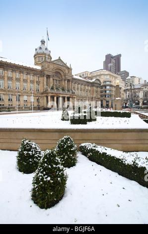 Victoria Square, Rat-Büros im Stadtzentrum von Birmingham in den Schnee. - Stockfoto