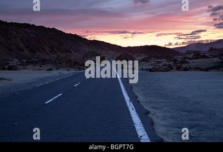 Sonnenaufgang in den Parque Nacional de Las Cañadas del Teide, Teneriffa, Kanarische Inseln - Stockfoto