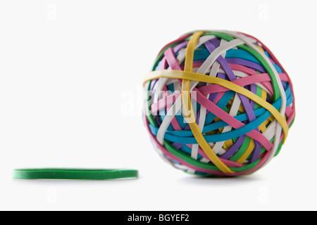 Ball der bunten rubberbands - Stockfoto