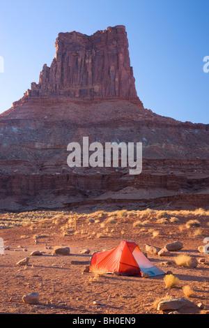 Campingplätze entlang der White Rim Trail, Insel im Stadtteil Himmel, Canyonlands National Park, in der Nähe von - Stockfoto