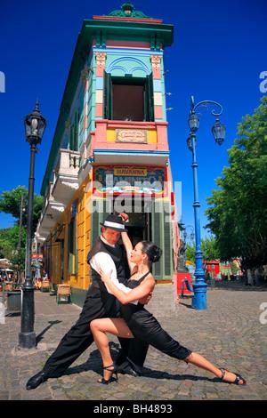 Fanny und Fabio Tänzerinnen Canyengue Caminito, La Boca, Buenos Aires, Argentinien, Tango und Milonga. - Stockfoto