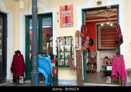 Buenos Aires Argentinien San Telmo Antiquitätengeschäft Flohmarkt - Stockfoto