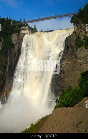 Das Naturschauspiel der Montmorency Falls, Beauport, Quebec City, Kanada - Stockfoto
