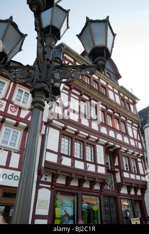 Deutschland, Rheinland-Pfalz, Eifel, Adenau, Markt ...