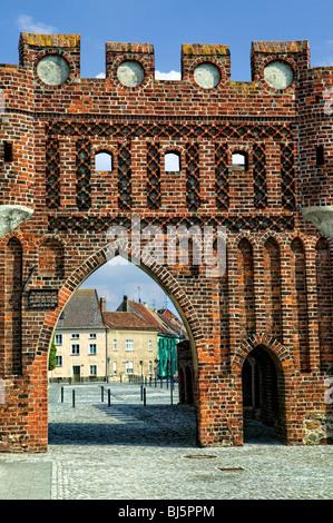 Alte Stadtbefestigung mit dem Dammtor in Jüterbog, Jüterbog, Fläming, Brandenburg, Deutschland - Stockfoto