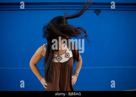 Solo Von Einem Mädchen Mit Pinken Haaren