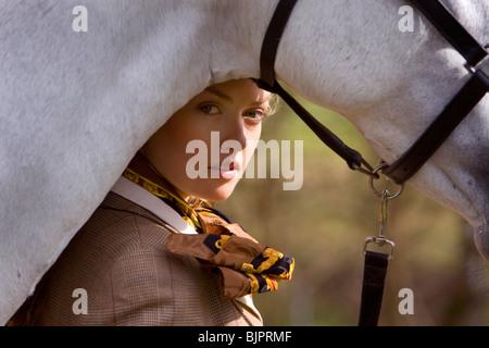 Mädchen mit Pferd 13 - Stockfoto