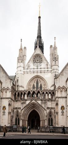 Den königlichen Höfen der Gerechtigkeit, der Strand, London, UK - Stockfoto
