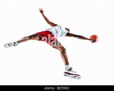 Mann, Basketball spielen - Stockfoto