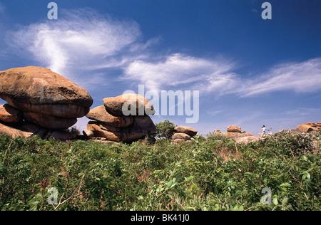 Balancing Felsen von Epworth in Simbabwe, Afrika - diese Felsen erreicht Ruhm, wenn Sie gut sichtbar in der Gestaltung - Stockfoto