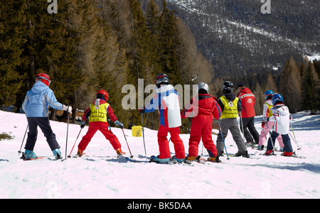 Skifahrer auf A Skilift In Corvara Dolomiten Italien Europa - Stockfoto