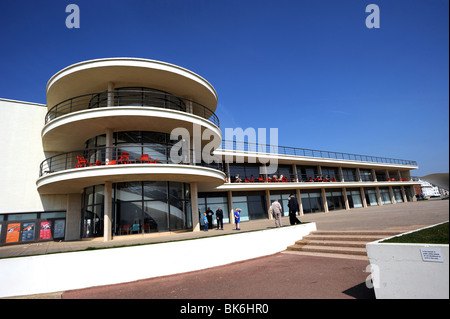 De La Warr Pavilion in Bexhill on Sea designed by Eric Mendelssohn und Serge Chermayeff - Stockfoto