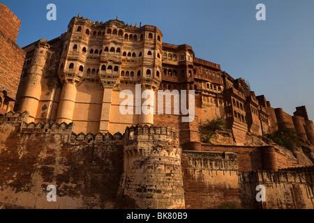 Meherangarh Fort in die schöne Stadt Jodhpur im Staat Rajasthan in Indien - Stockfoto