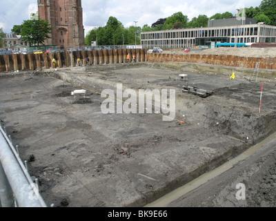 Archeologisch verwendet Aan de Terp Oldehove in Het Centrum van Leeuwarden - Stockfoto