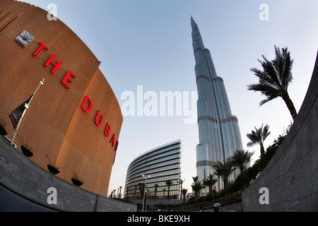 Burj Khalifa, Dubai Mall, höchste Skycraper in der Welt, der 828 Meter, Burj Dubai, Dubai, Vereinigte Arabische - Stockfoto