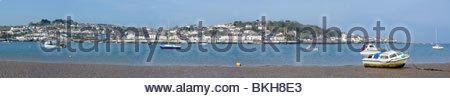 Appledore über den Fluß Torridge vom Strand bei Instow gesehen - Stockfoto