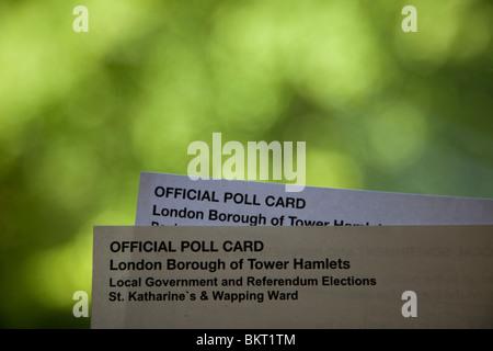 Allgemeinen Wahltag Mai 6. 2010. Offizielle Umfrage Karten für allgemeine und lokale Regierung Wahlen - Stockfoto