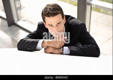 Geschäftsmann ruht, Lächeln - Stockfoto