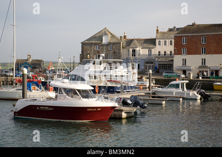Der Hafen In Padstow, Cornwall, England - Stockfoto