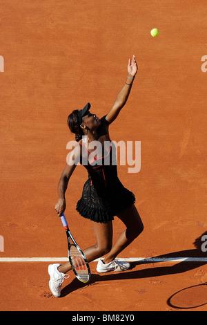 Venus Williams (USA) im Wettbewerb bei den French Open 2010