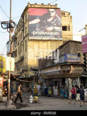 Straßenszene Horten Ecke; Calcutta jetzt Kolkata; Westbengalen; Indien - Stockfoto