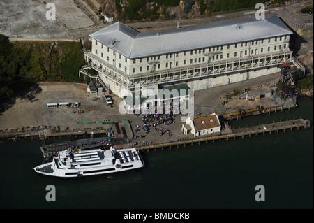 Luftaufnahme über Touristen Alcatraz Insel San Francisco Kalifornien - Stockfoto