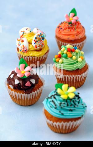Verschiedene Muffins Rezept erhältlich - Stockfoto