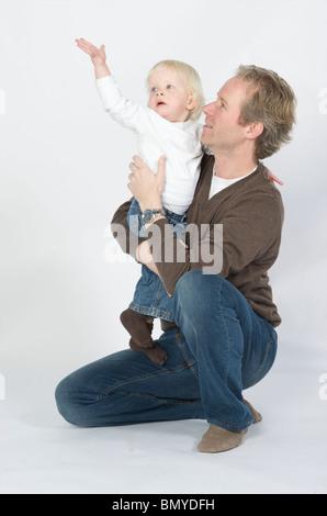 Vater mit Sohn drei Jahre alt - Stockfoto