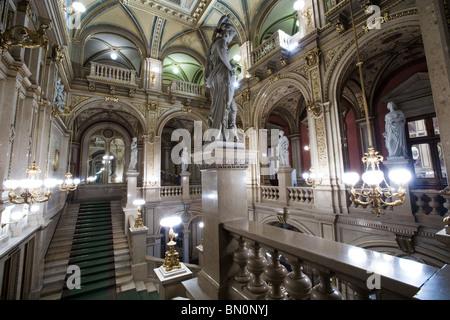 Wien Oper Haupt-Foyer und Lobby, Wien, Österreich - Stockfoto