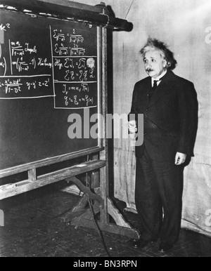 ALBERT EINSTEIN (1879-1955) Deutsch-Schweizer mathematischer Physiker - Stockfoto