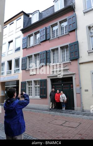 Bonn-Touristen haben fotografiert in Beethovens Geburtsstadt Deutschland Deutschland Europa - Stockfoto