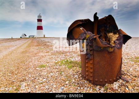 Orford Ness Spieß und Leuchtturm; Suffolk - Stockfoto