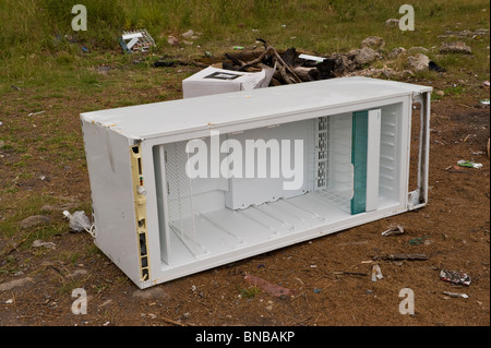ekelhaft k hlschrank stockfoto bild 3344691 alamy. Black Bedroom Furniture Sets. Home Design Ideas
