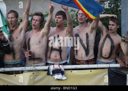 Aland-Fans im Herren Fußball Finale NatWest Island Games 2009 in Mariehamn Juli 3 - Stockfoto