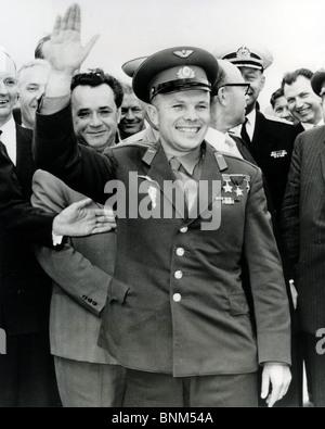 Juri GAGARIN 19341968 sowjetischer Kosmonaut der als erster