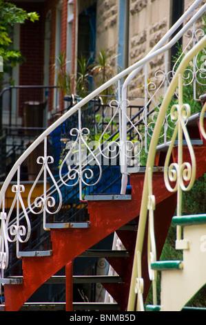 Typische Außentreppe ein Haus Plateau Mont-Royal Montreal Kanada - Stockfoto