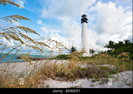 Cape Florida Lighthouse befindet sich in der Bill Baggs State Recreation Area. Key Biscayne, Florida - Stockfoto