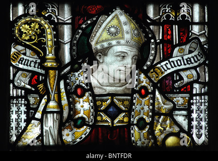 Sankt Nikolaus Glasmalerei im südlichen Seitenschiff, Holy Trinity Church, Stratford-upon-Avon, Warwickshire, England, - Stockfoto