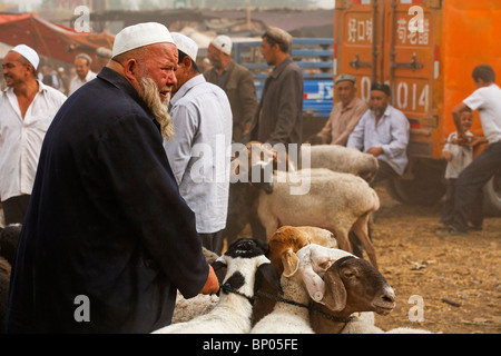 China - Xinjiang Provinz - Kashgar - Sonntagsmarkt - Stockfoto